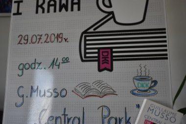 Zdjęcia z galerii Wakacyjne spotkanie Dyskusyjnego Klubu Książki dla dorosłych