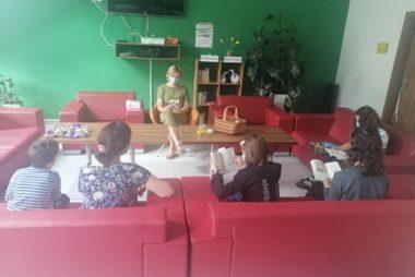Zdjęcie z galerii Wędrówka w przeszłość z Dyskusyjnym Klubem Książki dla Dzieci